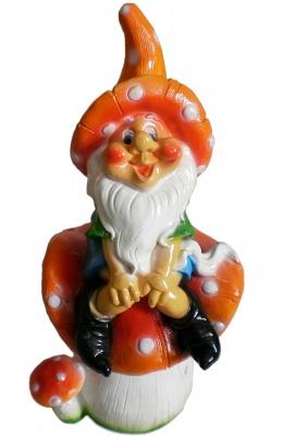 Гипсовая садовая фигурка Гном на мухоморе