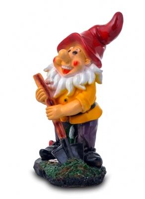 Гипсовая садовая фигурка Гном с лопатой на подставке