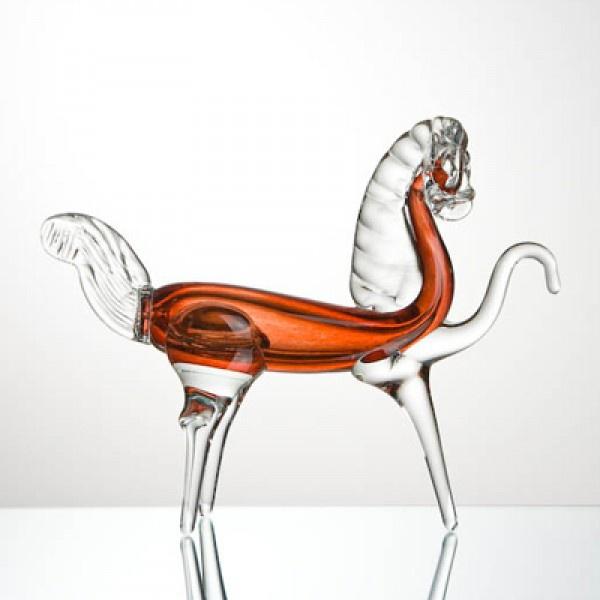 Сувенир конь красный